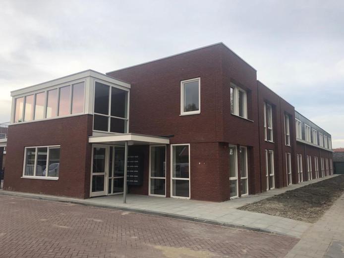 De nieuwbouw van Zeeuwse Gronden aan de Burgemeester Sinkelaan in Yerseke is opgeleverd.