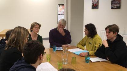 Klimaatactiedag: Leerlingen Atheneum Tienen overhandigen memorandum aan de burgemeester