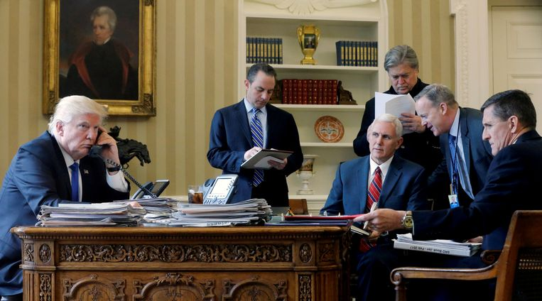 Tot augustus was Steve Bannon een belangrijk strateeg en adviseur van Donald Trump.   De president kan het nog steeds goed met hem vinden.
