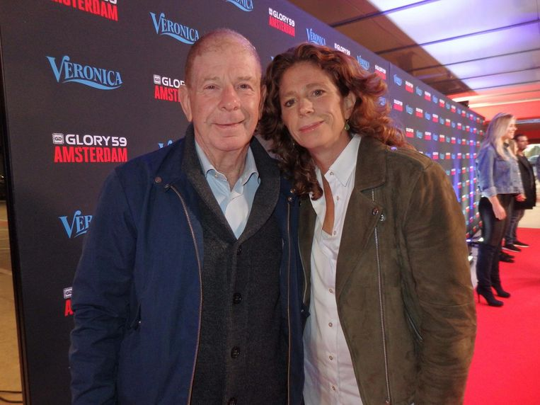De sportjournalisten Frits en Barbara Barend. Barbara: 'Ik heb zelf nog gebokst. Een goede rechtse' Beeld Hans van der Beek