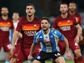 "Avec un maillot ""argentin"" en l'honneur de Maradona, Naples terrasse la Roma"
