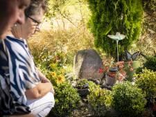 Emiel uit Weerselo fladdert als een vlinder in het rond: 'We missen hem zo erg'