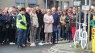 """150 mensen houden wake voor verongelukte fietsster Veronique Vandenberghe (48): """"Zoveel steun doet deugd, maar de leegte blijft"""""""