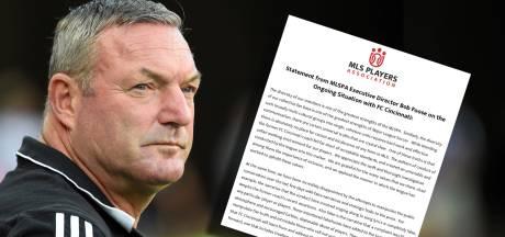 Spelersvakbond hekelt 'manipulatieve' Ron Jans: 'Verhaal van liedje onwaar'