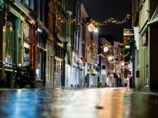 De avondklok is ingegaan en de Dordtse binnenstad is leeg
