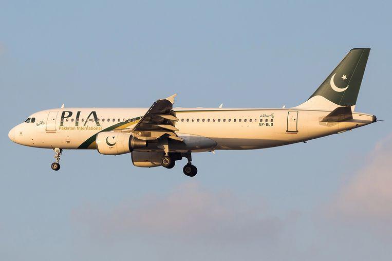 Archiefbeeld. Een toestel van Pakistan International Airlines stortte vorige maand neer in een woonwijk in de Pakistaanse miljoenenstad Karachi.