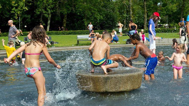 Het pierenbadje in het Vondelpark Beeld anp
