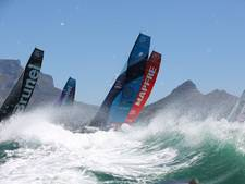 Droefenis tijdens Volvo Ocean Race: dode na aanvaring bij Hongkong