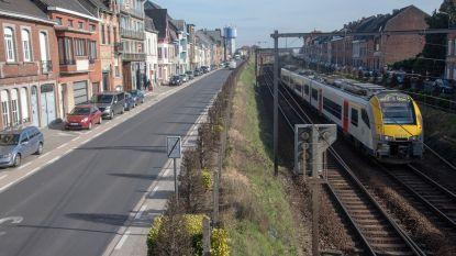 Buurtbewoners spoorweg in de ban van 'brommend geluid'