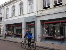 Films, modeshows, tweedehands kleding: interactieve winkel 013Circles strijkt (even) in Antoon de Jong-pand neer