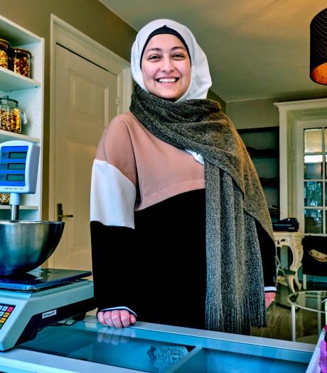 Alaa vluchtte voor de oorlog en laat nu mensen kennismaken met lekkernijen uit haar thuisland