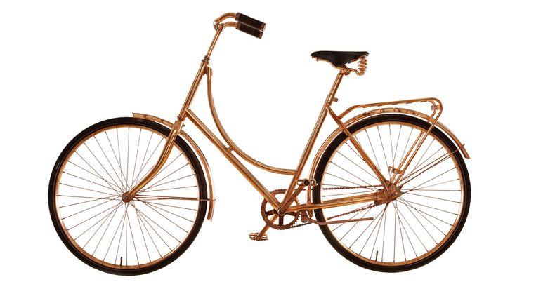 Koperen fiets van Bart van Heesch Beeld -