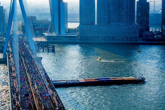 De marathon kan op 5 april niet doorgaan in Rotterdam.