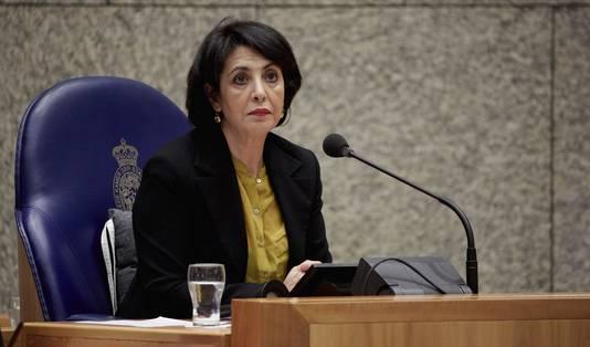 Khadija Arib in haar rol als vervangend Kamervoorzitter tijdens de eerste dag van de Algemene Financiële Beschouwingen.