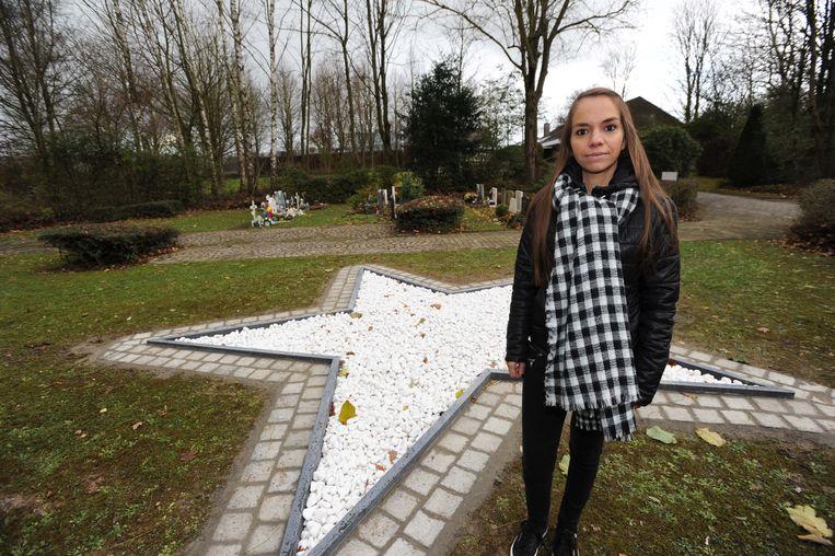 Op het kerkhof van Overijse opende OCMW-voorzitter Joke Lenseclaes enkele jaren geleden nog een Sterretjesweide, waar doodgeboren kindjes begraven worden.