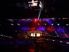 MMA-vechter wint alsnog na arm uit de kom