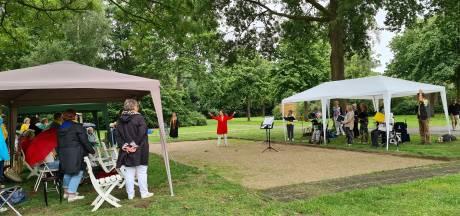 Optreden van koren langs zangfietspad Rosmalen: 'Het is echt te lang stil geweest'