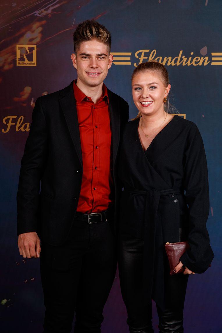 Wout van Aert met z'n vrouw Sarah. Hij won dit jaar ritten in de Dauphiné en de Tour én werd Belgisch kampioen in het tijdrijden.