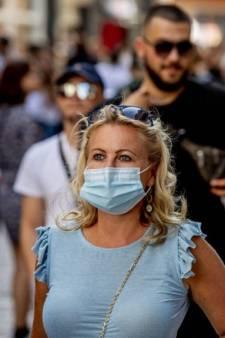 LIVE | Kabinet schrapt introductieweken voor studenten, boetes voor betogers in Rotterdam