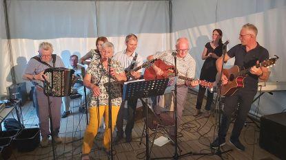 Feest voor 65ste verjaardag van Lucky van de Totale Waanzin, 'de drèèver van dàjs groep'