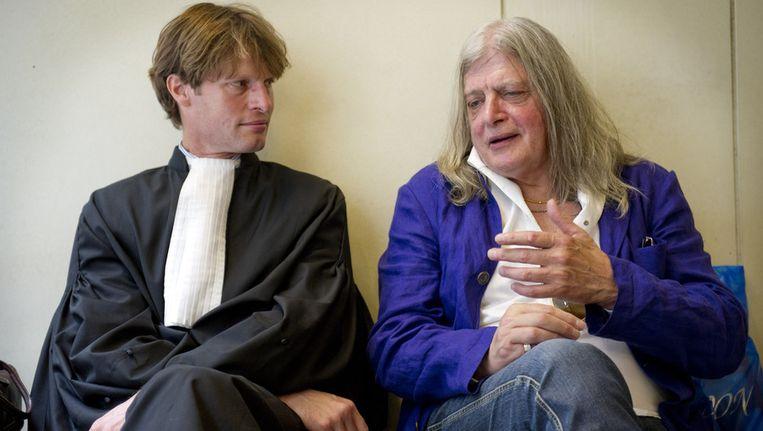 Joop Schafthuizen met zijn advocaat. © ANP Beeld