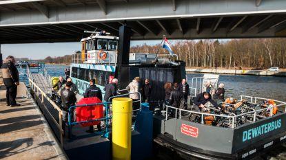"""Waterbus op Albertkanaal afgevoerd: """"Te weinig passagiers"""""""