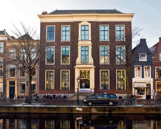 Het Leidse Rapenburg waaraan ook Leidens grootste studentenvereniging Augustinus is gevestigd.