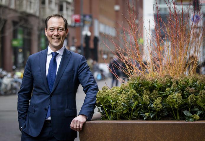 VVD'er Revis was lijsttrekker en is sinds 2012 wethouder in Den Haag