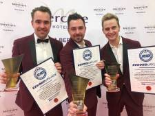 Schlagertrio uit Tolkamer wint award in Berlijn en deelt recordaantal handtekeningen uit
