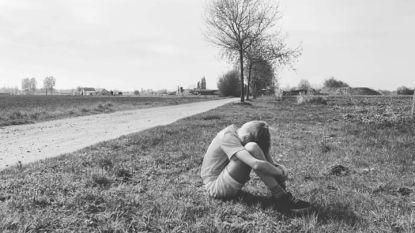 Wanneer een beeld meer zegt dan duizend woorden... Sander (10) snakt naar zijn vriendjes, voetbal, school