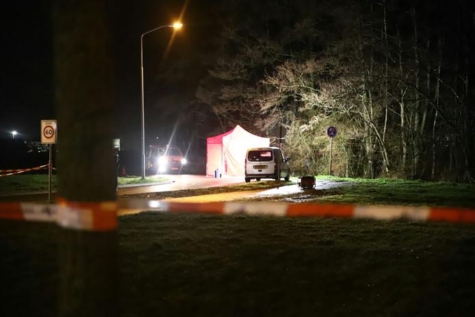 De tent op de locatie van de steekpartij in Geldermalsen.