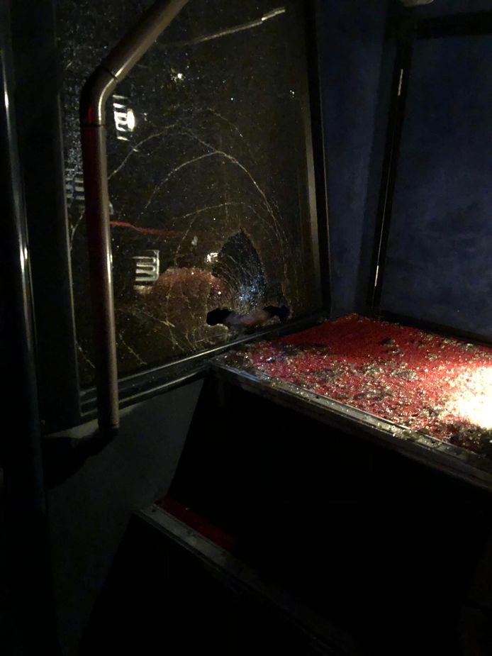 De schade in de bus