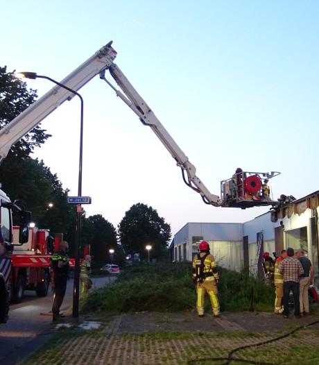 Brand in isolatie bedrijfspand Lelystad