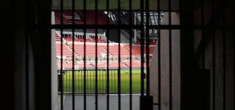 Burgemeester Jorritsma loopt voor de troepen uit: PSV en andere clubs eerst afhankelijk van het kabinet