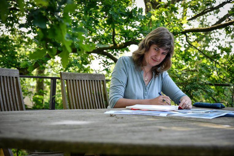 Schrijfster Kirstin Vanlierde.