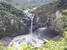 Grootste waterval Ecuador compleet drooggevallen door sinkhole
