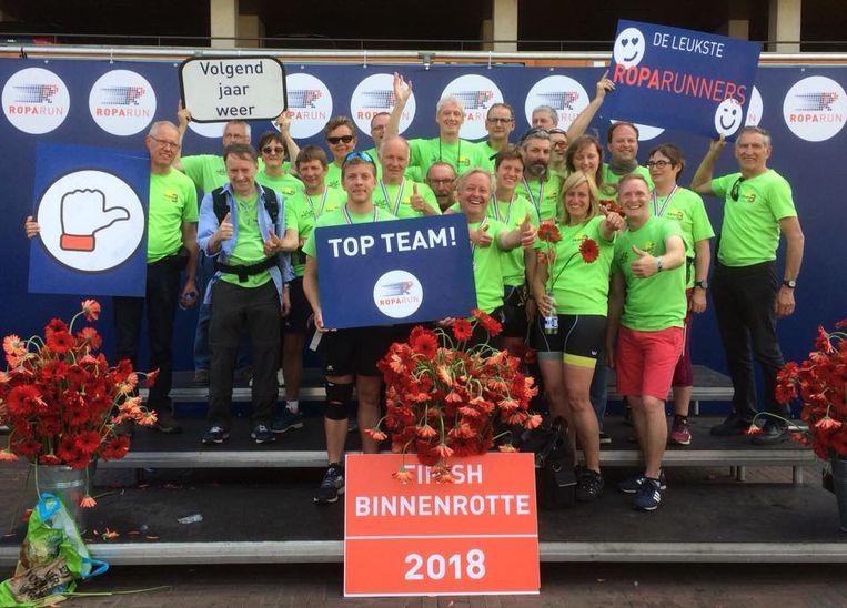 De schenking is mogelijk dankzij de inzet van verschillende Roparun-teams uit de regio, zoals de Ros Beiaardrunners.
