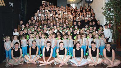 Dansgroep Helicon viert 20-jarig bestaan