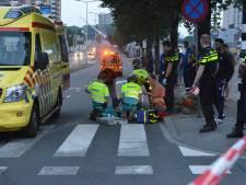Fietser zwaargewond bij aanrijding met auto op Neherkade