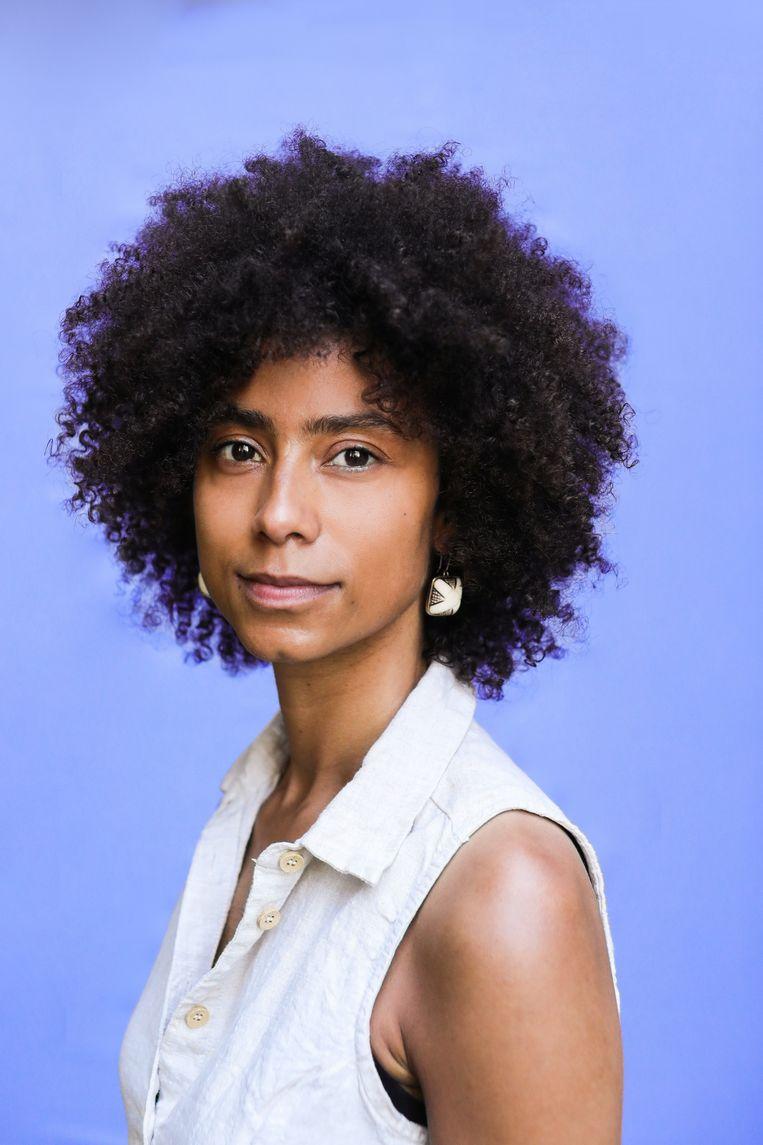 Shishani Vranckx: 'Queer zijn betekent voor mij dat je niet binnen de hokjes van man en vrouw past. Het laat veel open.'  Beeld Eva Plevier