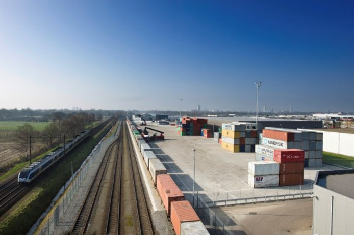 De railterminal bij Reeth wordt maximaal 8,5 hectare groot.