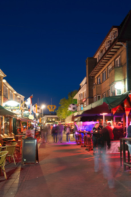 In Apeldoorn mag je straks in het weekend ook ná 3 uur 's nachts de kroeg in