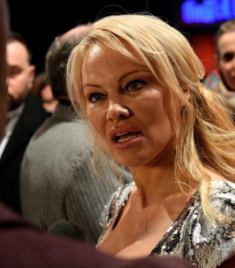 Pamela Anderson (52) stiekem getrouwd met 20 jaar oudere filmproducent