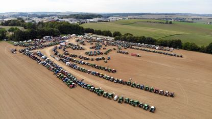 Honderden tractoren herdenken melkcrisis van 2009 in Ciney