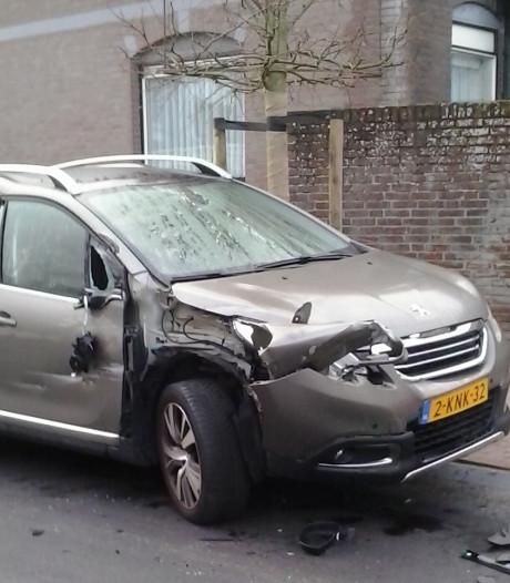 In een half jaar tijd werden twee auto's van Pierre Suijkerbuijk de vernieling in gereden op de Roosendaalse centrumring