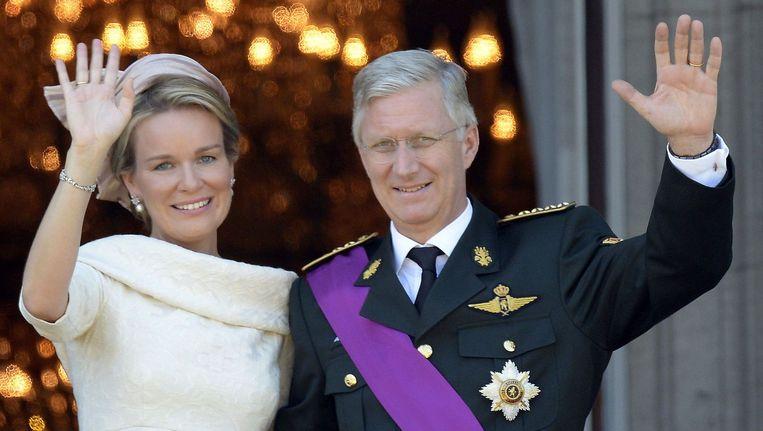 Koningin Mathilde en koning Filip tijdens de troonswisseling.