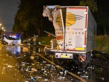 Verwoestende crash op A20: vrachtwagenchauffeur zwaargewond