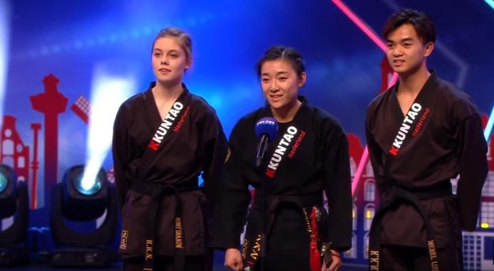 Romy Snaauw, Yenny Luu en Michel Lee uit Harderwijk zijn een ronde verder in Holland's Got Talent.