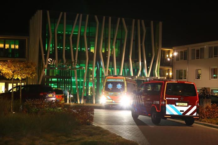 Hulpdiensten uit voorzorg naar zorgcentrum in Oirschot na stroomstoring.