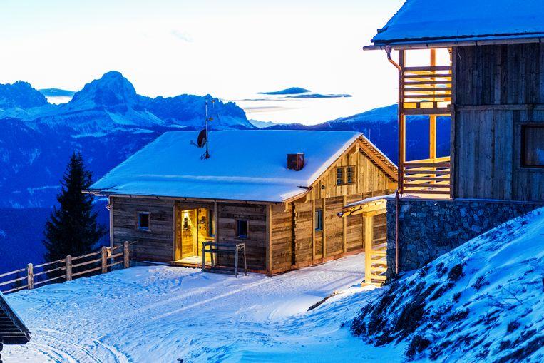 De chalets van Graziani op 2.080 meter hoogte. Beeld Noel van Bemmel
